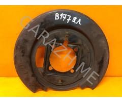 Щиток тормозного диска задний левый Infiniti QX56 JA60 (04-10 гг)