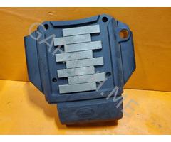 Декоративная накладка двигателя Land Rover Discovery 3 4.4L (04-09 гг)