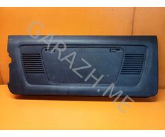 Обшивка двери багажника Hummer H3 (05-10 гг)