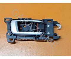 Внутренняя ручка задней правой двери Honda Pilot 2 (08-15 гг)