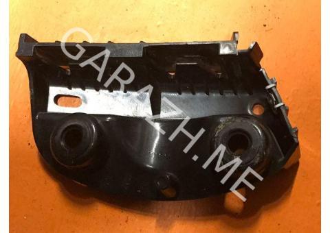 Направляющая заднего бампера правая BMW 3 E90 (08 - 13 гг)