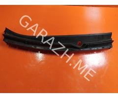 Решетка стеклоочистителя центральная Mazda CX-9 (06-12 гг)