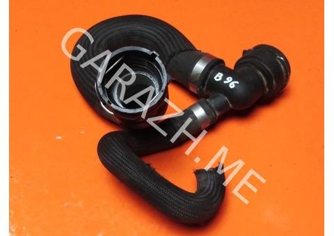 Патрубок радиатора нижний Land Rover Freelander 2 3.2L (06-10 гг) сломан